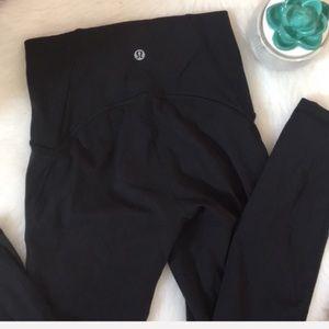Lululemon | high waist Luxtreme 7/8 Pant black